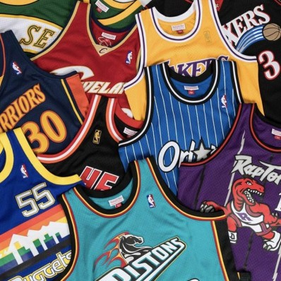 stores that sell jerseys